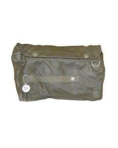 Exterior of the Swiss military bag (closed)
